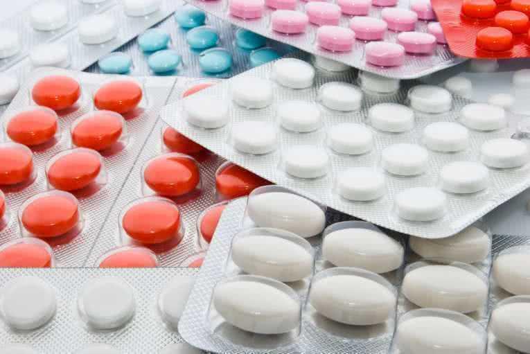 Парасомния, связанная с приемом наркотиков, психотропных препаратов или с соматическим заболеванием